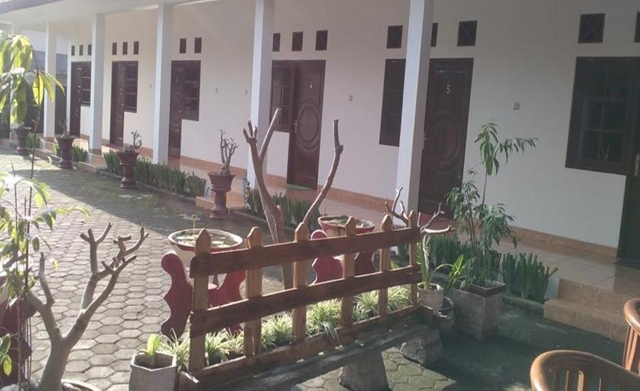 Ninety Nine Guesthouse Lombok - Eksterior