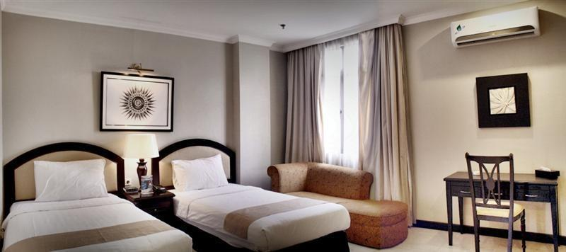 Puri Denpasar Jakarta - Deluxe Twin Room Only Deal of the day