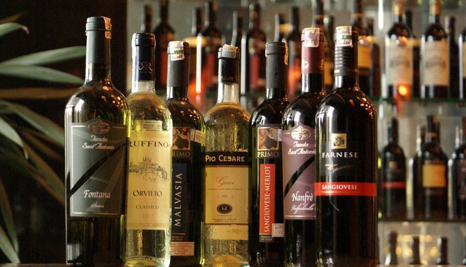 Swiss-Belhotel Manado - Wine Cellar