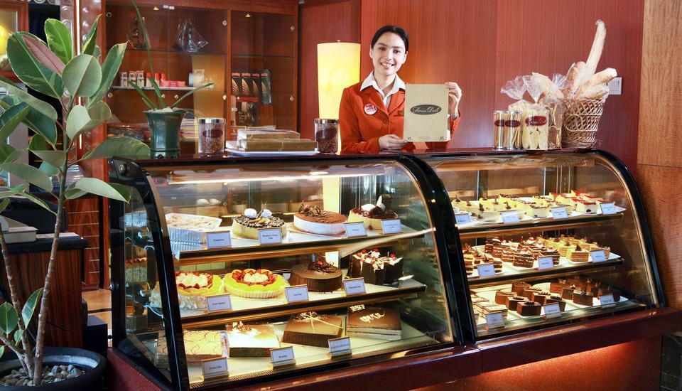 Swiss-Belhotel Manado - Toko kue