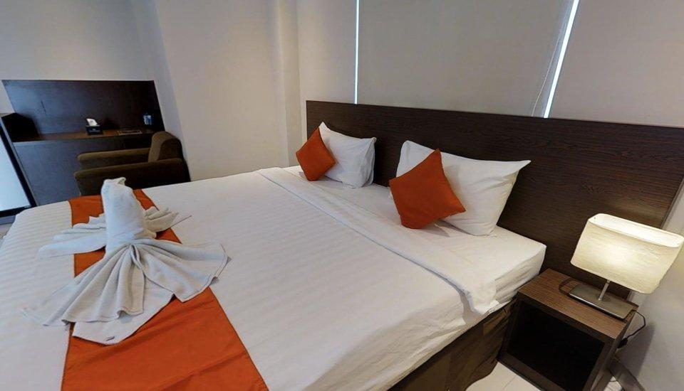 The Gloria Suites Jakarta - Lavender Business Suites Regular Plan