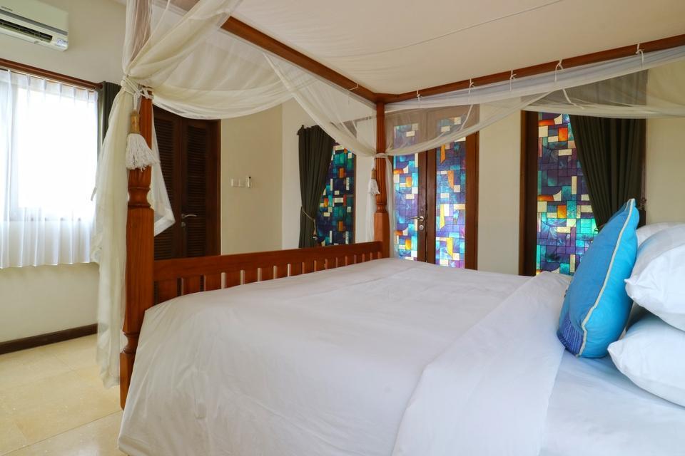 Baliana Villa Batu Belig Bali - 3 Bedroom Villa Room Only Special Campaign