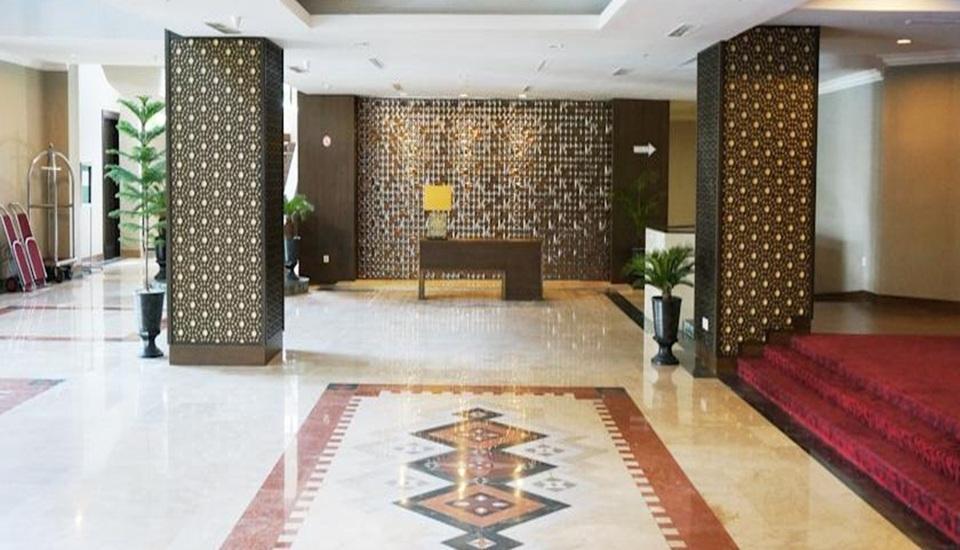 Kyriad Hotel BumiMinang Padang - Lobi