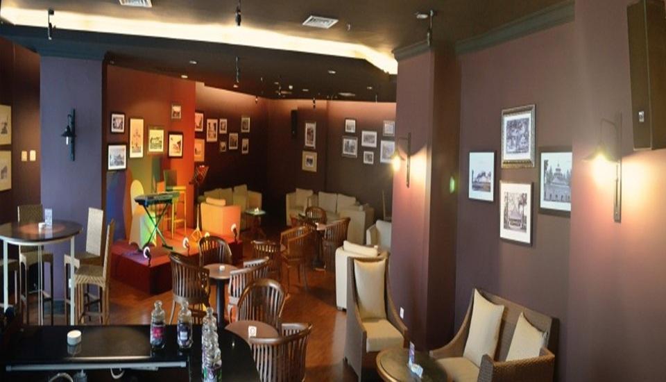 Kyriad Hotel BumiMinang Padang - Bar
