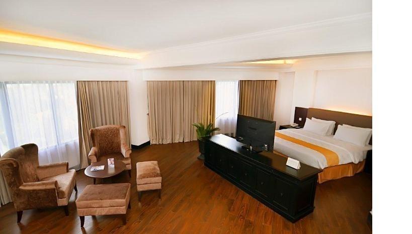 Kyriad Hotel BumiMinang Padang - Executive Suite  Regular Plan