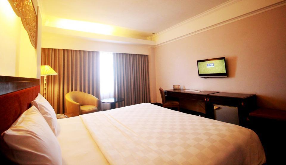 Kyriad Hotel BumiMinang Padang - DELUXE SINGLE