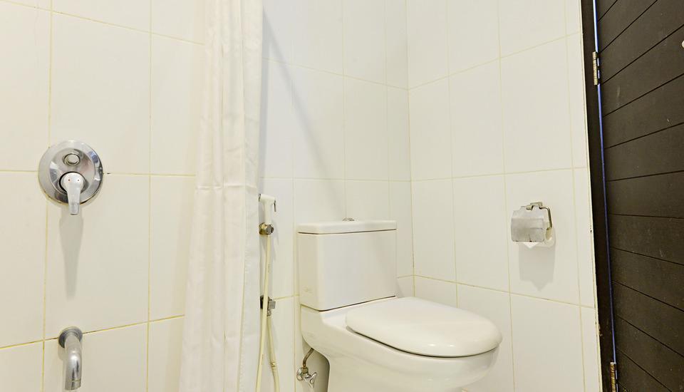 ZEN Premium Setrasari Bandung - Kamar mandi