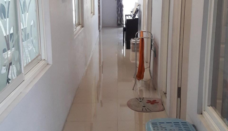 Banana Homestay Yogyakarta - Koridor kamar standar