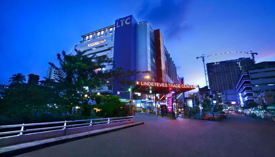 favehotel LTC Glodok - Front Side