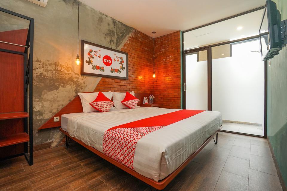OYO 316 Umada Beds & Lounge Syariah Surabaya - Deluxe Double Last Minute