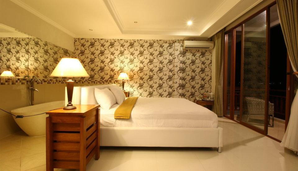 Wahyu Dana Beach Cottage Bali - Suite Room sea view Regular Plan