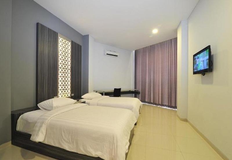 StudioInn & Suites Semarang - Executive Twin Room Regular Plan