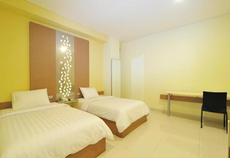 StudioInn & Suites Semarang - Deluxe Twin Room Only Regular Plan