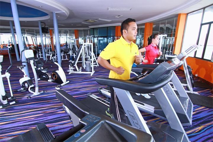 Hotel Horison Semarang - Fitness center(06/Dec/2013)