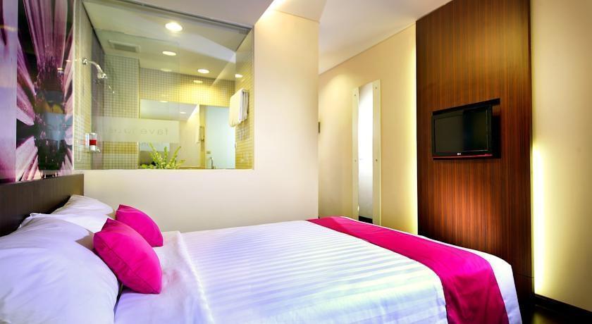favehotel MEX Surabaya - Rooms1