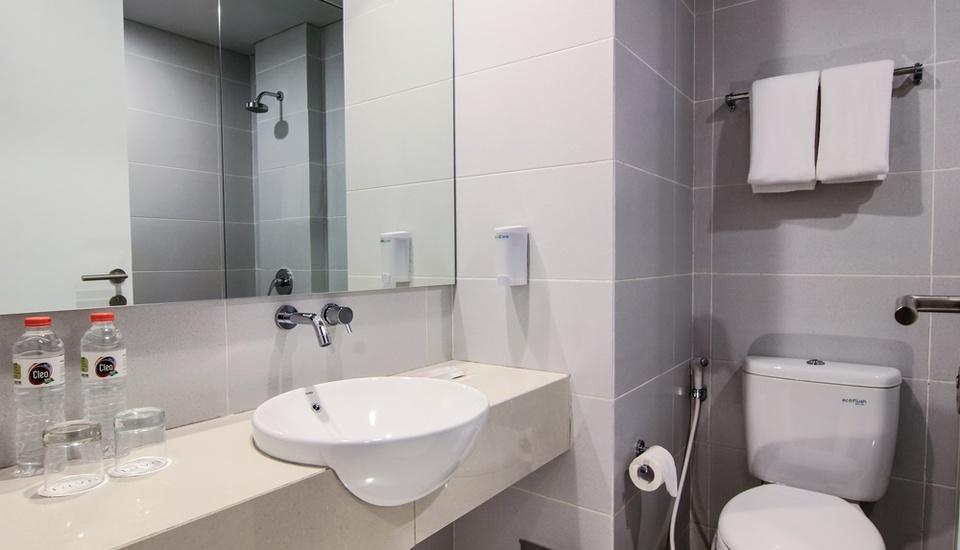 favehotel Sudirman Bojonegoro - Toilete Superior