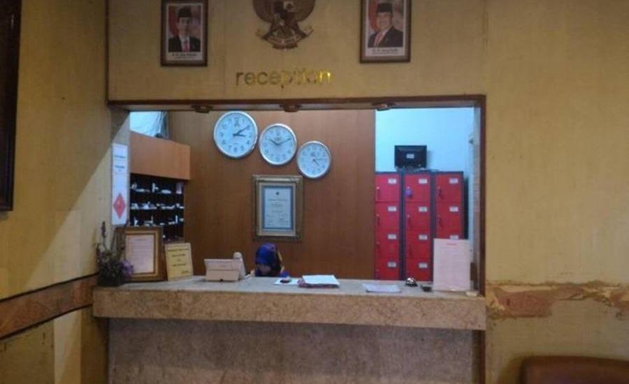Hotel Sumatera Medan - Resepsionis