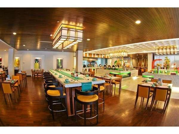 HARRIS Hotel Malang - HARRIS Cafe