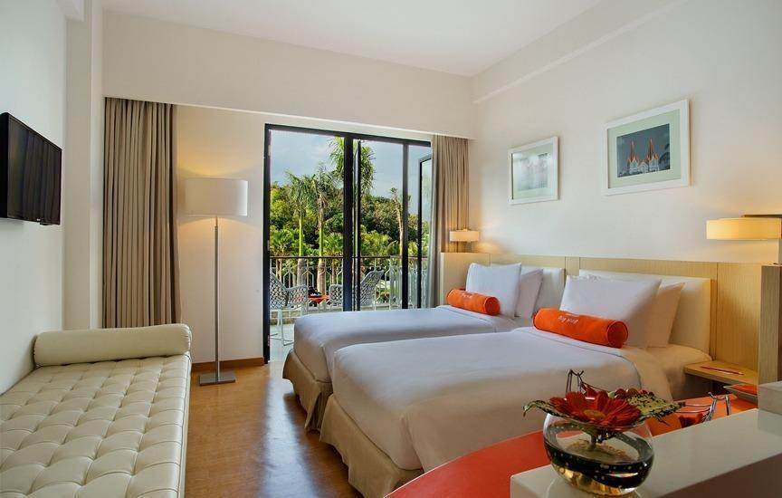 HARRIS Hotel Malang - HARRIS Terrace Room Only Regular Plan