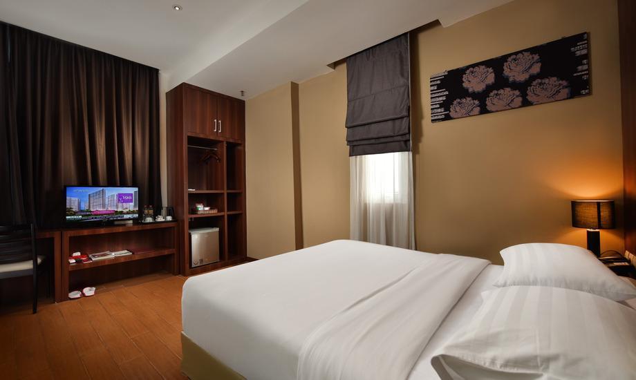 The Batik Hotel Medan - Economy Regular Plan