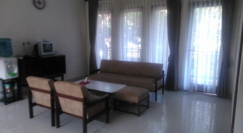 Rumah Sarwestri Bed & Breakfast Bandung - Interior