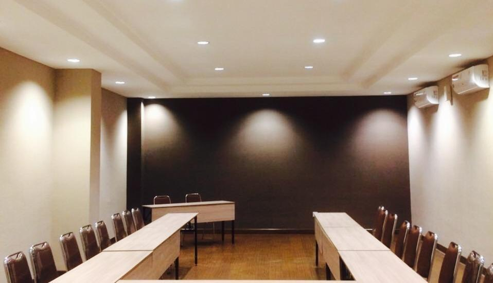 Kytos Hotel Bandung - Meeting Room