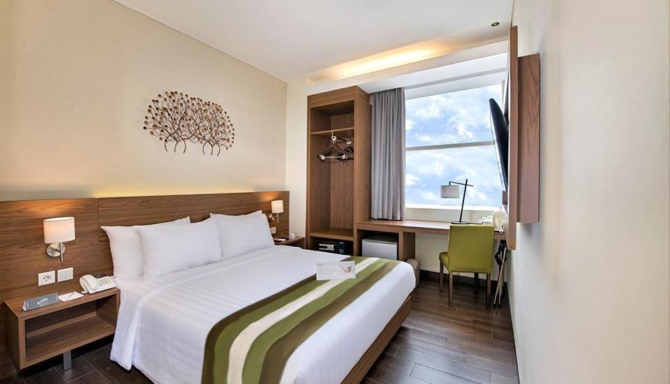 Grand Whiz Poins Square Simatupang - Kamar Deluxe Double
