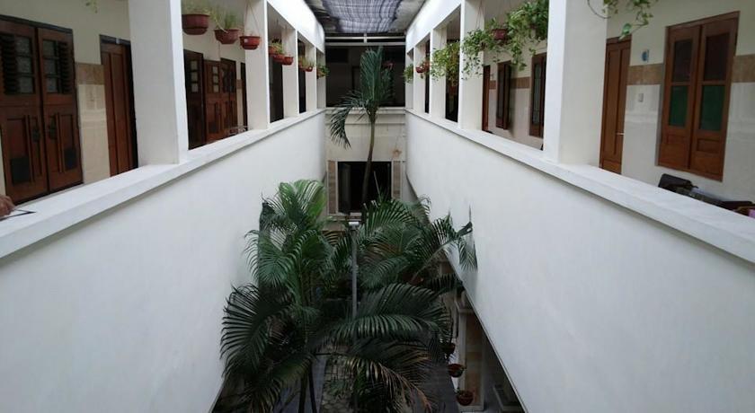 Hotel Keprabon Solo - Eksterior