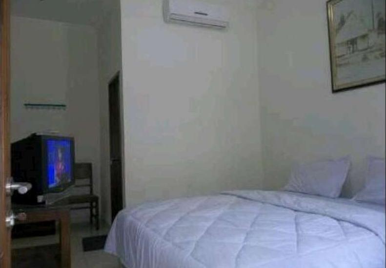 Hotel Keprabon Solo - Deluxe King Room Only Regular Plan