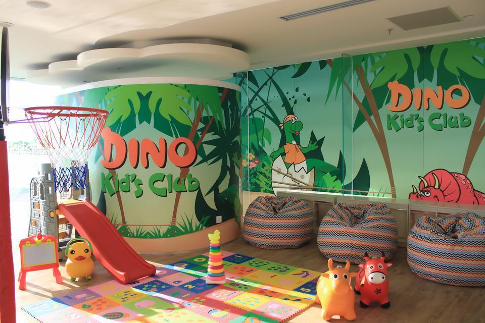 HARRIS Hotel & Conventions Solo Solo - Dino Kids Club