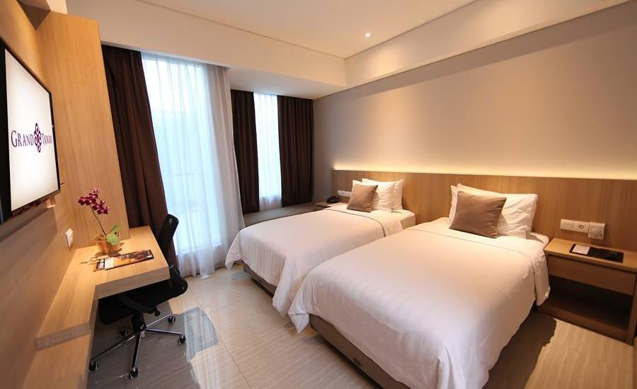 Grand Tjokro Bandung - Superior Twin With Breakfast Regular Plan