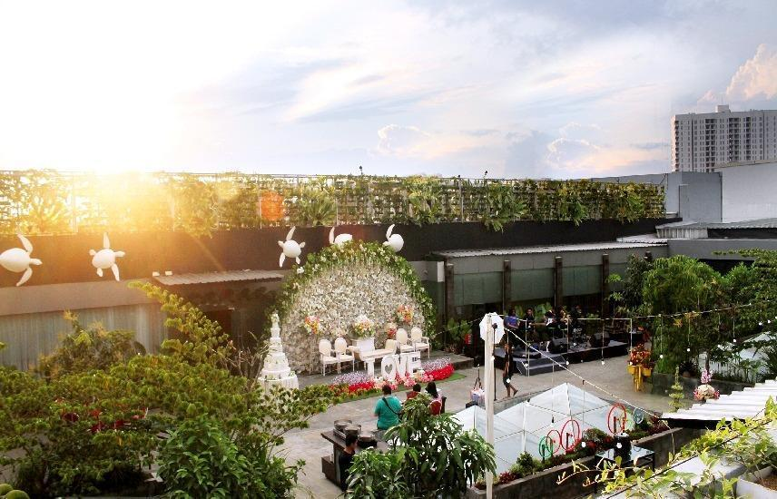 Grand Tjokro Bandung - Rooftop Lounge