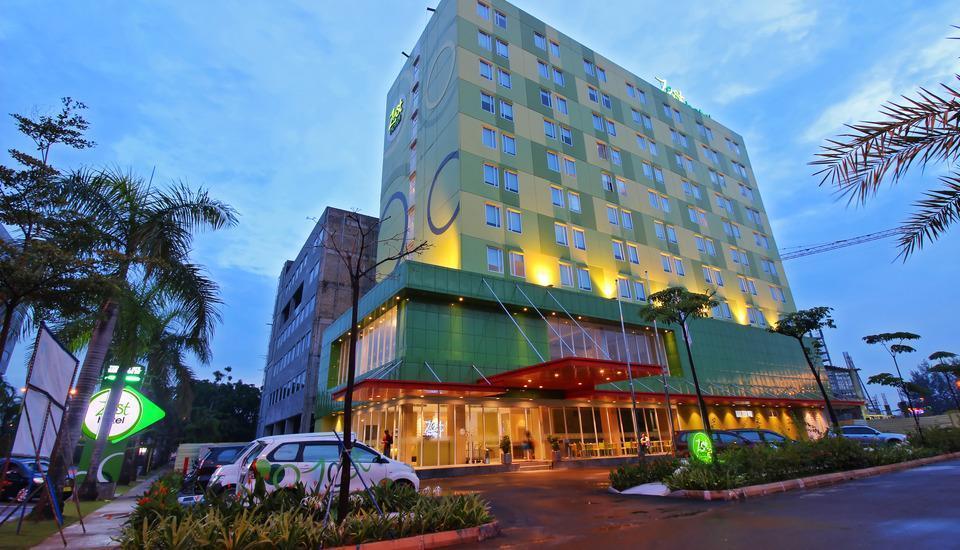 Zest Hotel Batam - Bangunan Luar Hotel