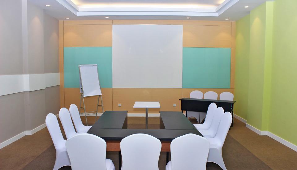 Zest Hotel Batam - Ruang Meeting