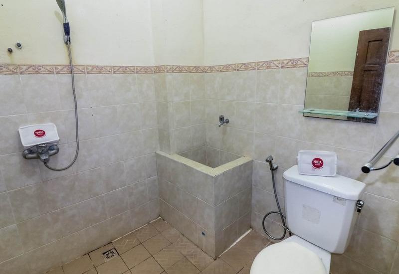 NIDA Rooms Raya Tajem Sambi Sari Jogja - Kamar mandi