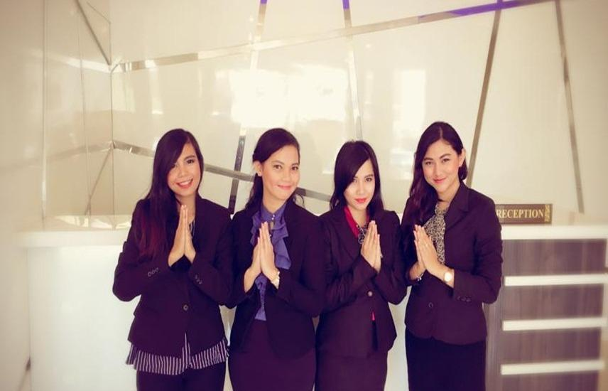 Sky Inn Express Hotel Batam - Resepsionis