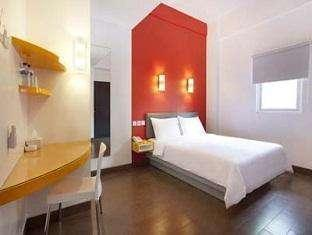 Amaris Cimanuk - Smart Room Queen Last Minute Deal