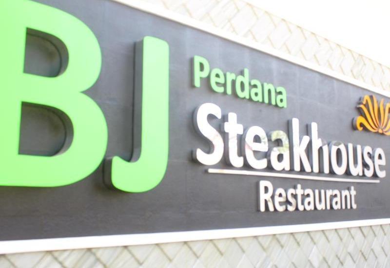 BJ. Perdana Pasuruan - Resto