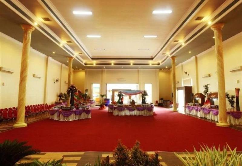 BJ. Perdana Pasuruan - Interior