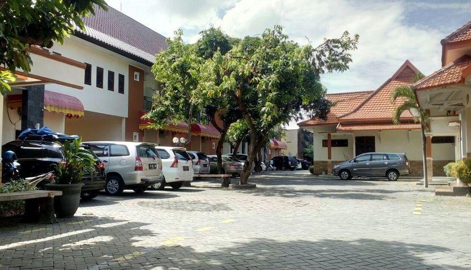 BJ. Perdana Pasuruan - Parkir