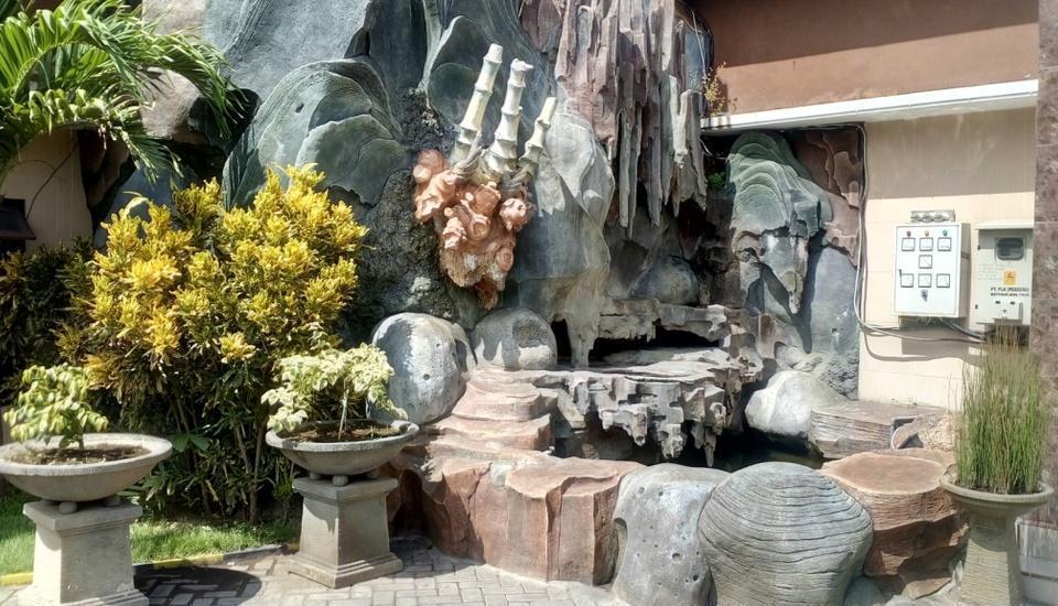 BJ. Perdana Pasuruan - Kolam ikan