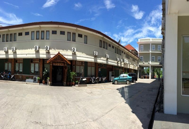Hotel Binong Tangerang - Eksterior