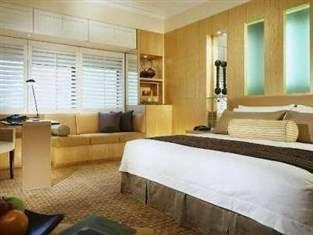 Hotel Aryaduta Jakarta - Signature Deluxe Club Regular Plan