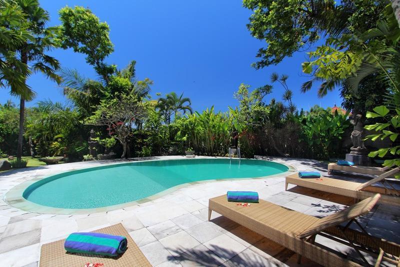 Fare Tii Villas by Premier Hospitality Asia Bali - Kolam Renang