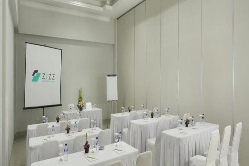 Zizz Convention Hotel Bali - Ruang Rapat