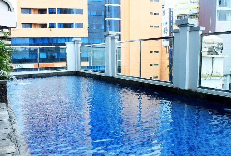 Swiss-Belinn Tunjungan Surabaya - Pool