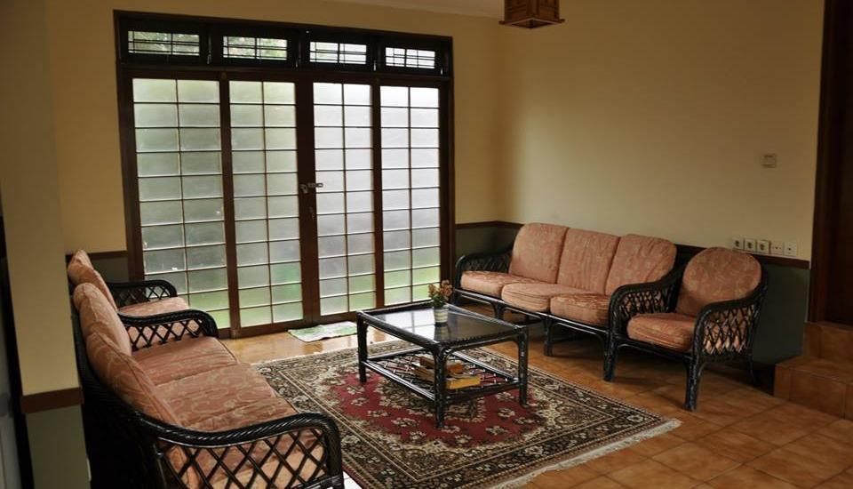 Villa Kota Bunga - Ade Cianjur - Kamar tamu