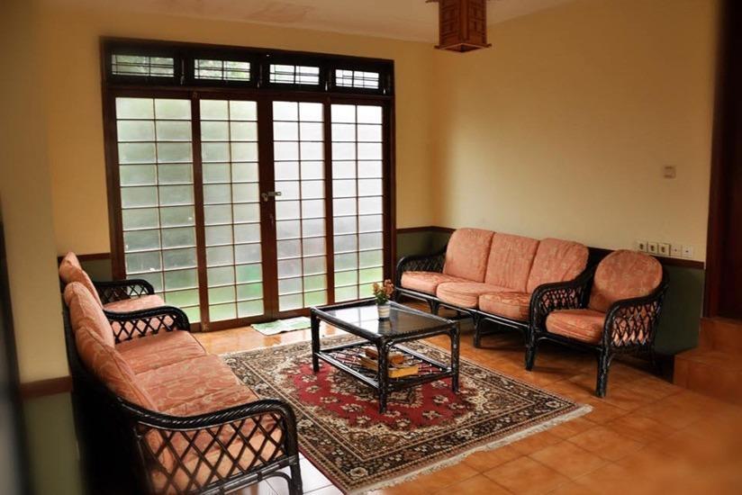 Villa Kota Bunga - Ade Cianjur - Ruang tamu
