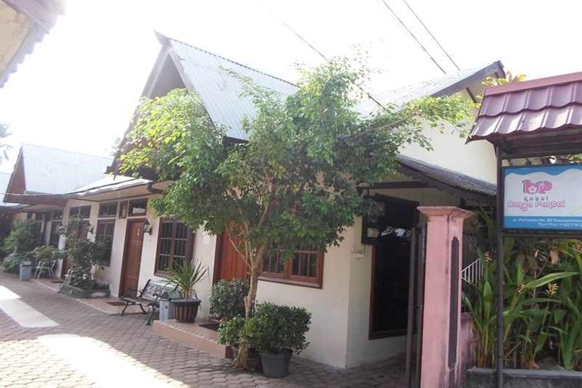 Hotel Bunga Pantai Belitung - Exterior