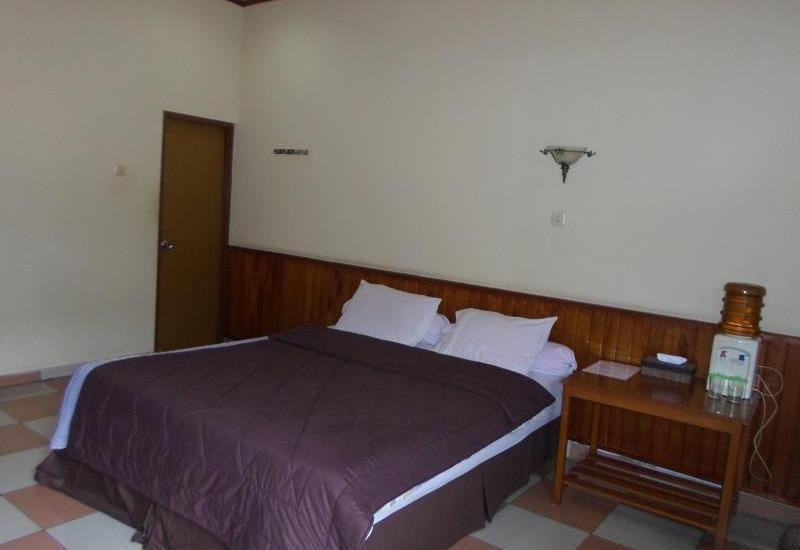 Hotel Bunga Pantai Belitung - room